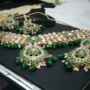 Choker Necklace Set Green